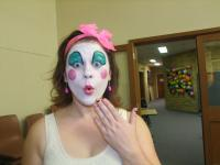 Amanda or a clown-800