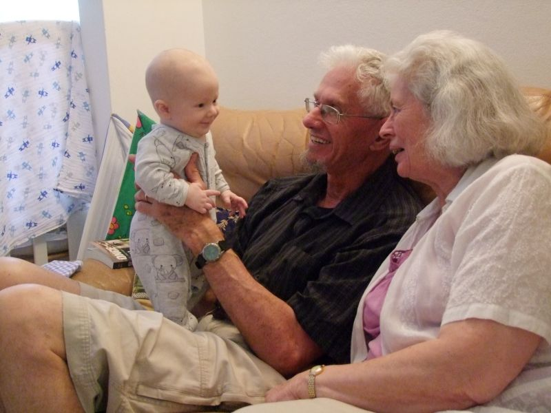Jonny meets his Grandparents-800